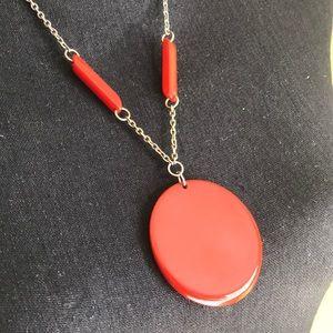 Jewelry - ✨Bakelite necklace ✨